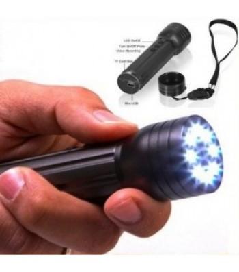 camera-espion-lampe-torche